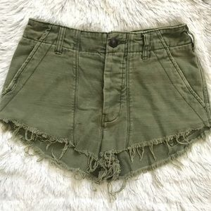 FREE PEOPLE ARMY GREEN HIGH RISE SHORTS 0